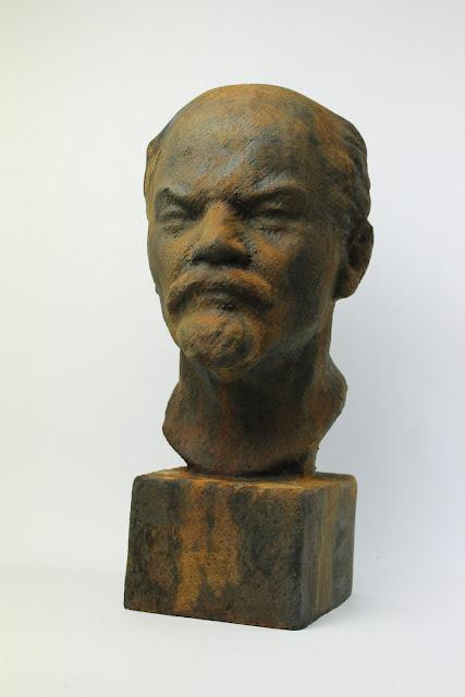 Iron Lenin Rusty
