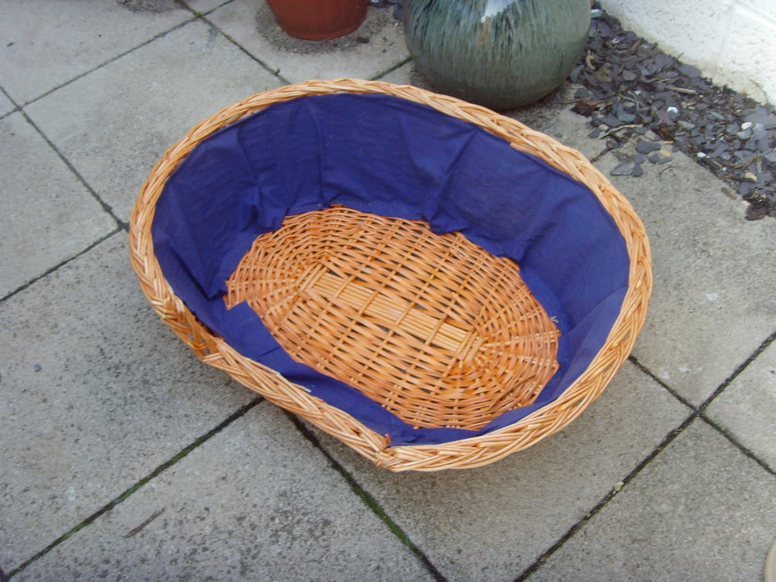 Bee and buzz upcycling a wicker basket - Wicker beehive basket ...