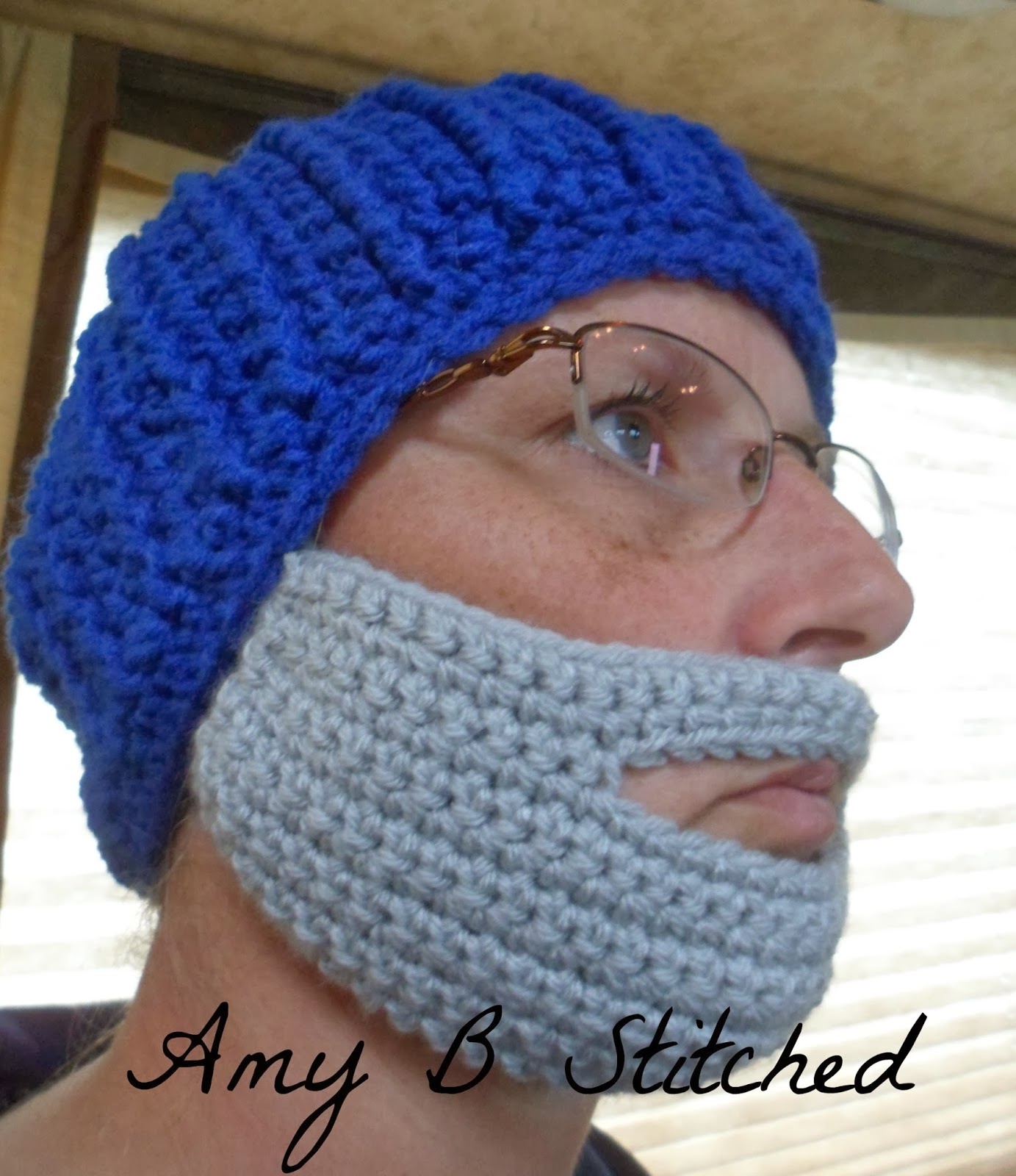 A stitch at a time for amy b stitched crochet beard pattern ive been promising my crochet beard pattern for quite some time now and today is the day i have only created one size but have given options for dt1010fo