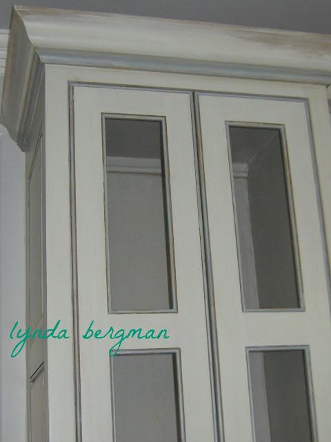 Lynda bergman decorative artisan painting distressed for Blue distressed kitchen cabinets