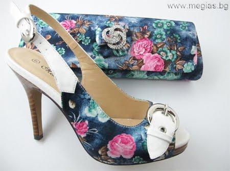 комплект сандали и чанта на цветя