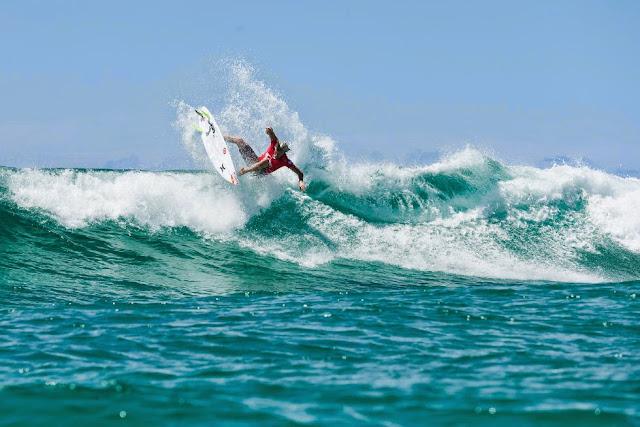 56 Quiksilver Pro Gold Coast 2015 Kolohe Andino Foto WSL Kelly Cestari