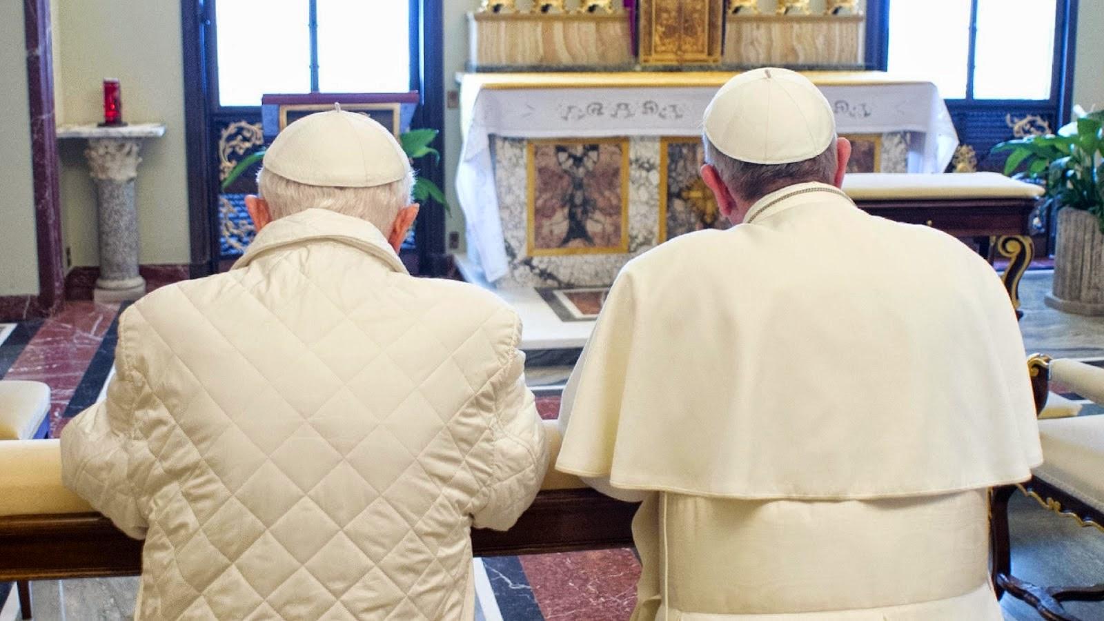 Centúria e quadra profetizando dois papas
