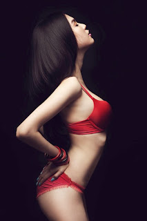 Ngoc Trinh Vietnam model hot photo gallery 1