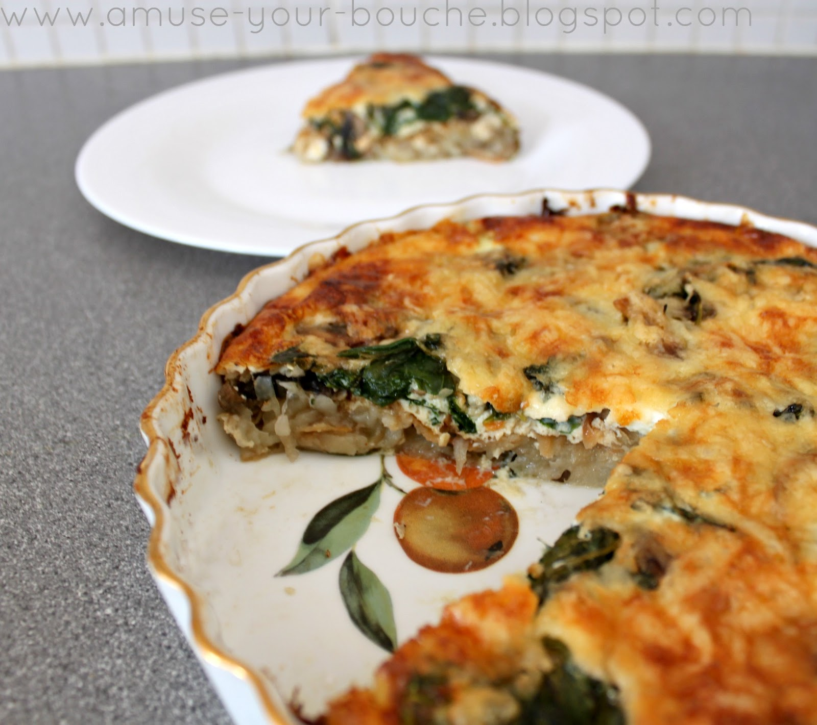Spinach and mushroom quiche with potato hash crust - Amuse Your Bouche