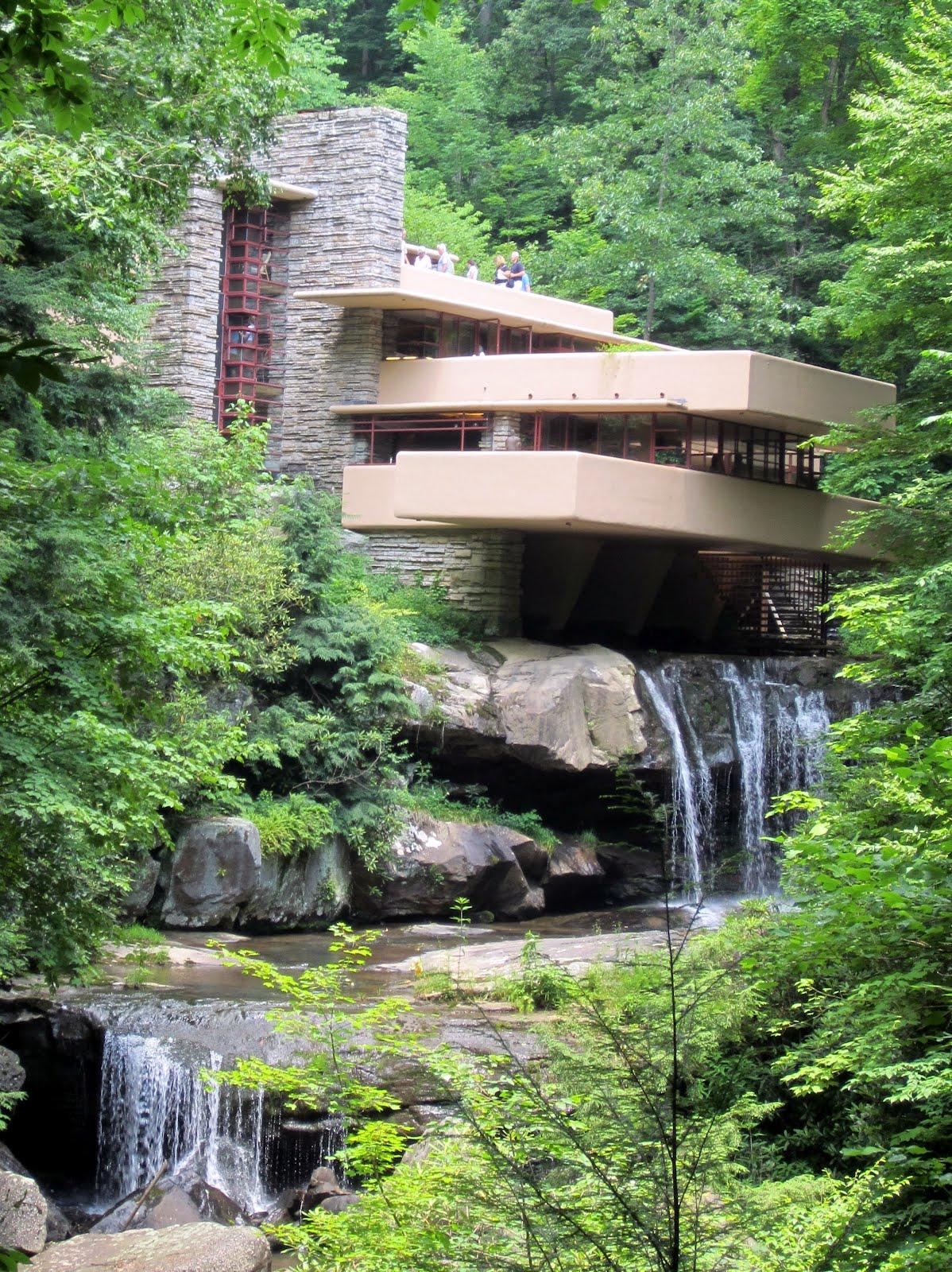 http://1.bp.blogspot.com/-Ha7di8bF3zU/T-peZJUs0tI/AAAAAAAAGLM/hwVJXRowYa4/s1600/fallingwater_iconic.JPG
