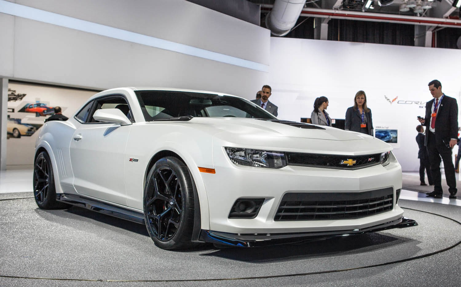 2014 chevrolet camaro z28 review and specs up cars. Black Bedroom Furniture Sets. Home Design Ideas