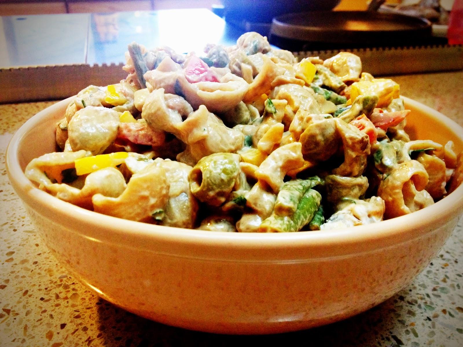 Chef laura leal food is life ensalada de pasta integral for Ensalada de pasta integral