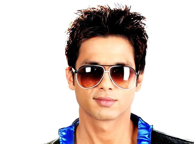 Shahid Kapoor 14 Dashing HD Images Download - Indian ...