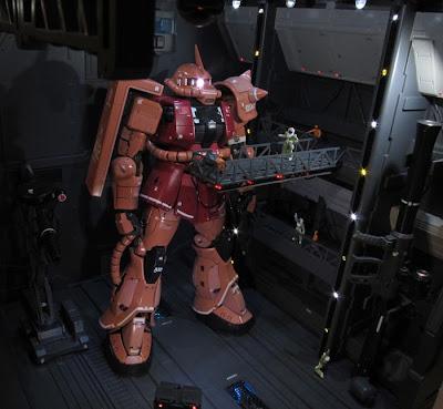 RG 1/144 MS-06S Char's Zaku II