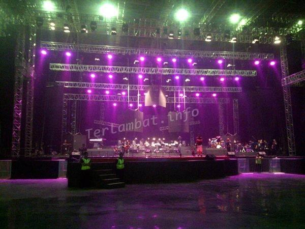 Konser Noah The Greatest Session 3 November 2012