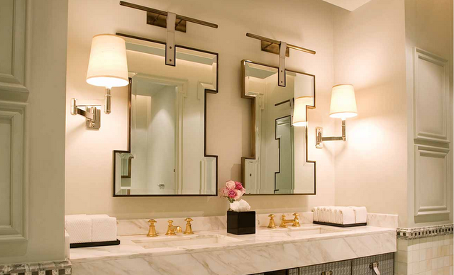 To da loos gold faucets giving your bathroom the midas for Gold bathroom wall lights
