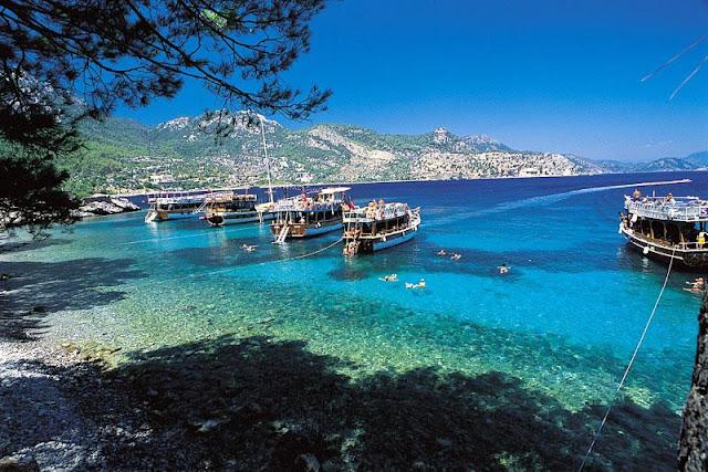 Amos Plajı