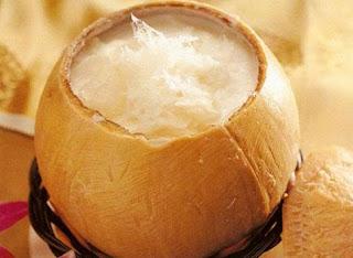 Tổ yến chưng nước dừa