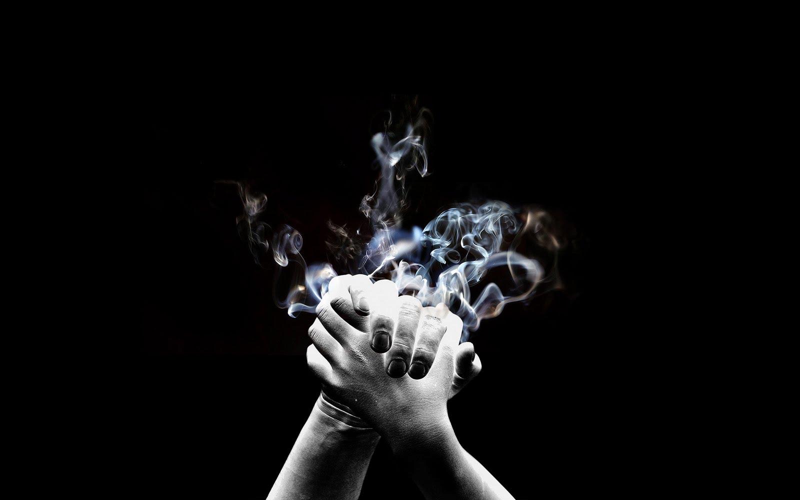 http://1.bp.blogspot.com/-Hb5kveXt7mU/Tl-D74ueF2I/AAAAAAAADzE/c5wEcdVD7Oc/s1600/Black+smoke+wallpaper+3.jpg