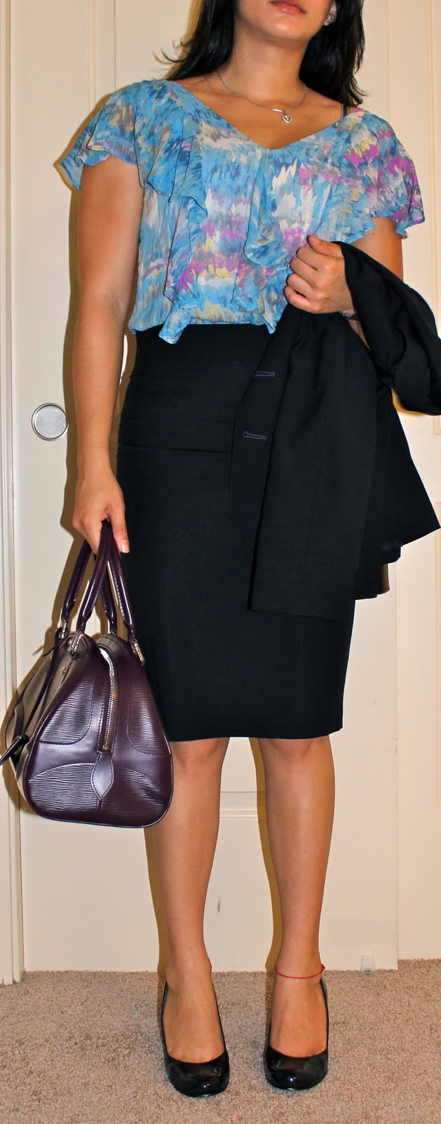Ruffled shell with skirt suit