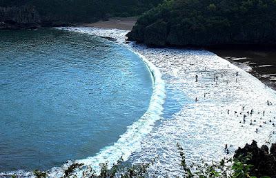 Indahnya foto-foto di pantai baron