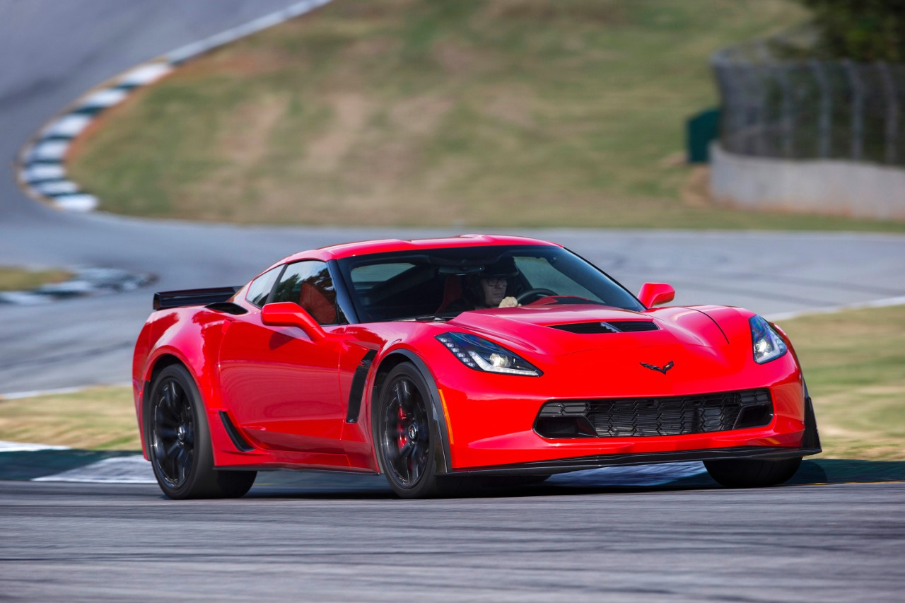 friday may 15 2015 - Corvette 2015 Z06 Red