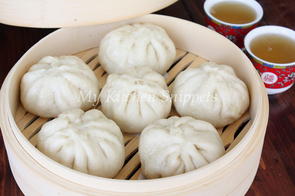 my kitchen snippets steamed meat buns sang yoke bao. Black Bedroom Furniture Sets. Home Design Ideas
