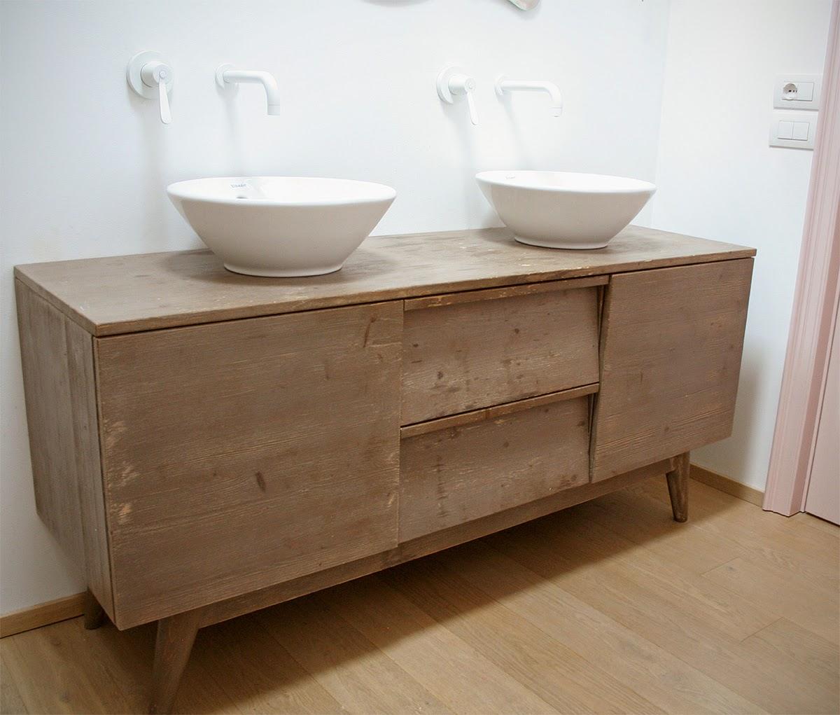 Boiserie e cucine su misura 2014 03 30 - Mobili bagno legno massiccio ...