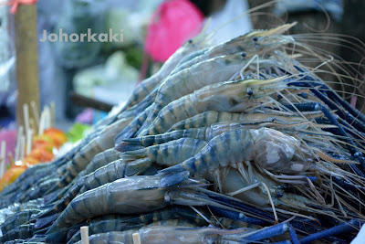 Bangkok-Food-Pla-Chon-Pao-Grilled-Snakehead-Fish-Street-Side-Stall