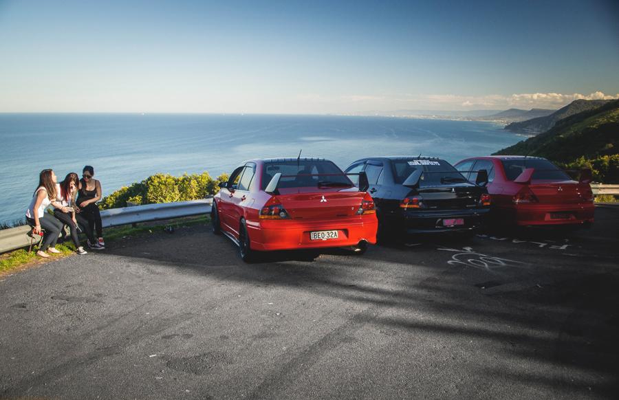 Mitsubishi Lancer Evolution, japońskie sportowe samochody i dziewczyny