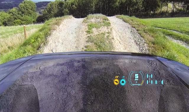 Land Rover kap mobil transparan