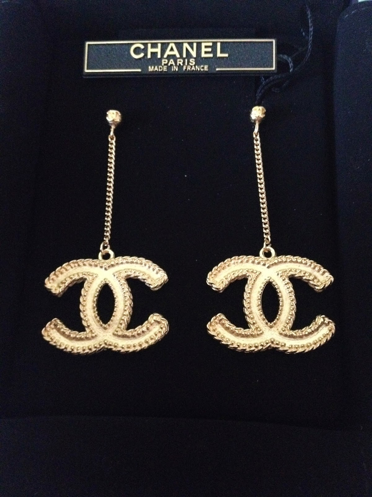 Chanel Earrings Review Product Chanel Earrings LARGE CC LOGO Gold