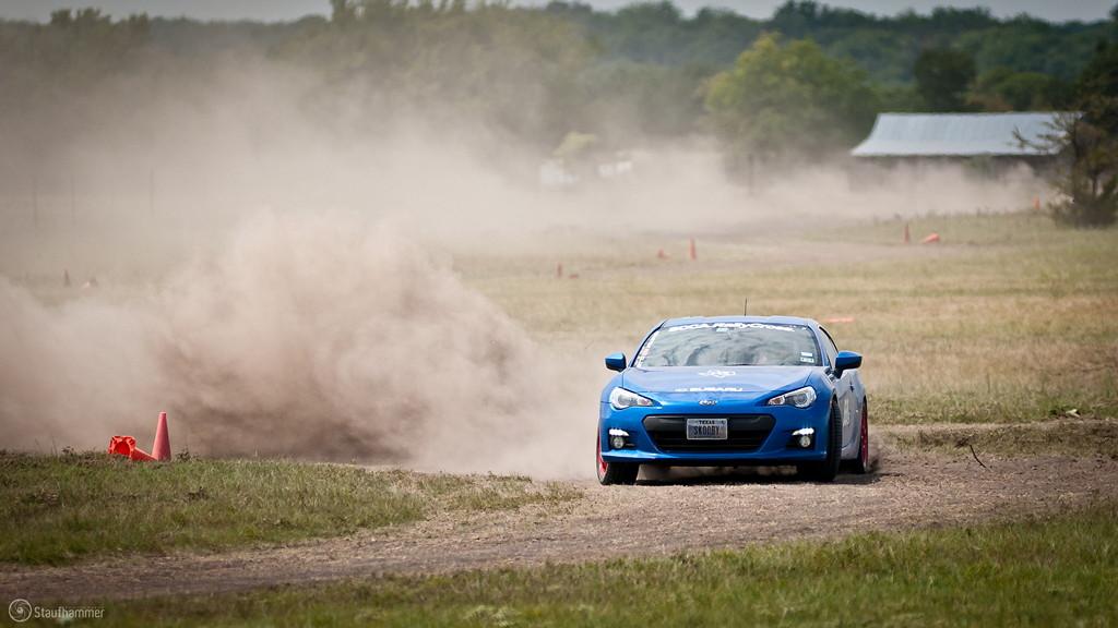 Subaru BRZ, najlepsze nowe sportowe samochody, japońskie auta do driftu, wyścigów, JDM, fotki, zdjęcia