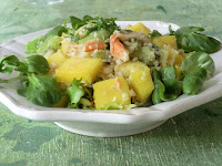 Salade de crabe à la mangue, à l'avocat et aux kiwis