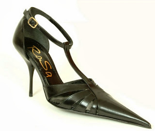Gambar  Pointed shoes