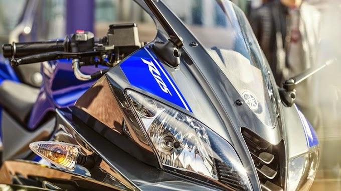 Perbedaan Harga Yamaha YZF-R125 Vs YZF-R15