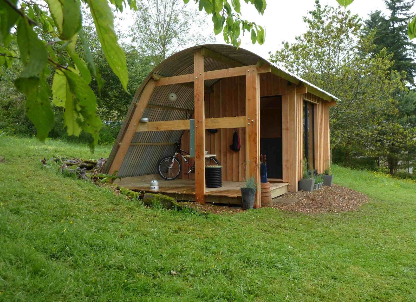 Shedworking morphpod for New build garden designs