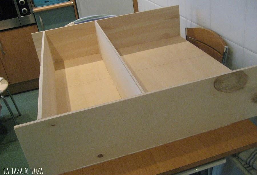 Cocina de madera para jugar manualidades - Como hacer estantes de cocina ...