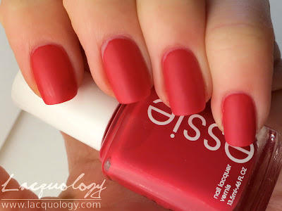 essie she's pampered swatch matte