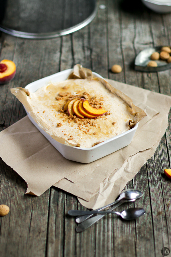 Peaches & Amarettini Cheesecake Dessert Bowl