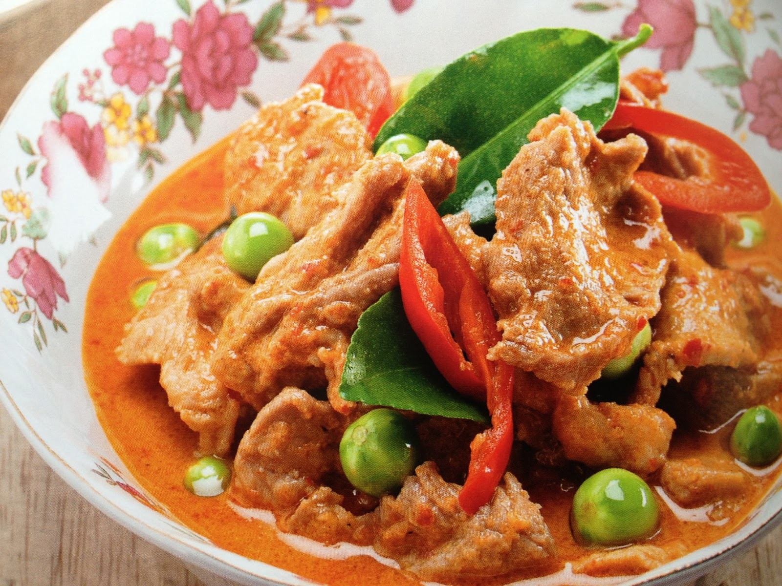 Beef Panang Curry แพนงเนื้อ ~ Best Thai Cuisine Menu