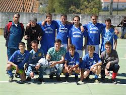 Equipa da Freguesia de São Brás dos Matos no Torneio de Páscoa em Ferreira de CapeLINS, 2012