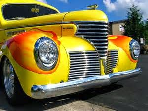 Tips mengkilapkan cat mobil