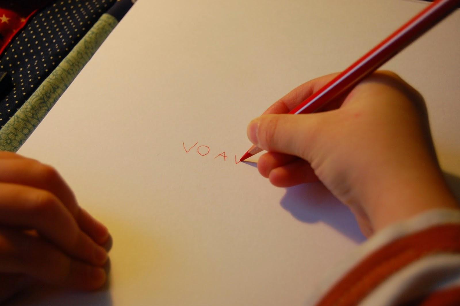 coudre-trousse-artiste-enfant