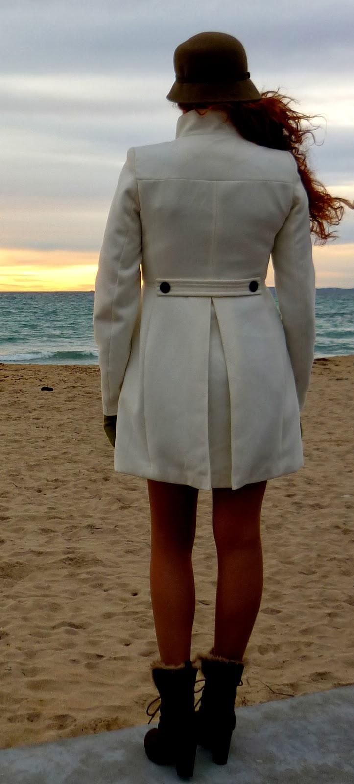 abrigo blanco paño