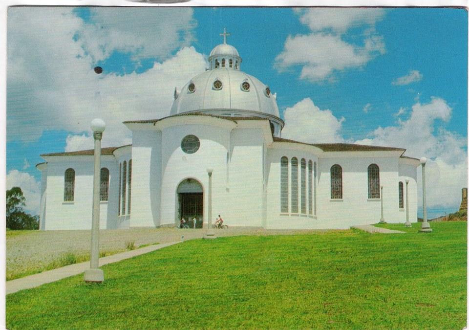 Igreja (Basílica) de São José Operário de Barbacena