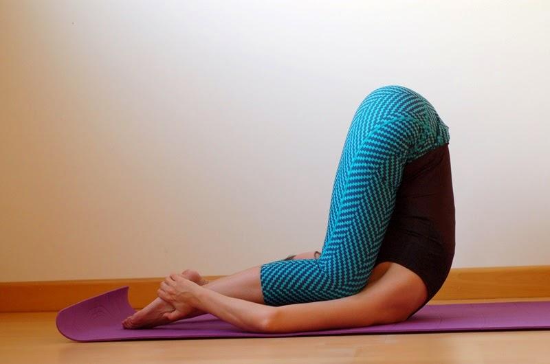 karnapidasana yoga littledreamsbyr