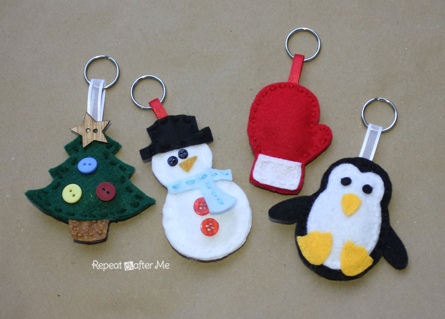 Repeat Crafter Me: Winter Friends Felt Keychains