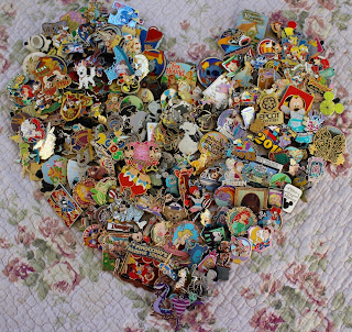 http://www.everything-disney-pins.com