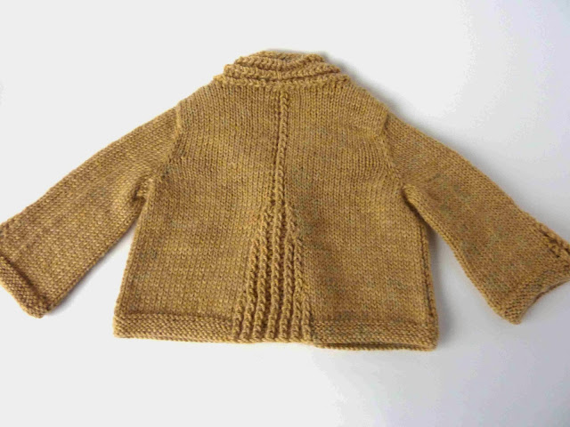 Reverse of Tricsi cardigan
