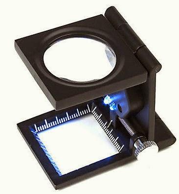 Μεγενθυντικός Φακός με  LED φώτα