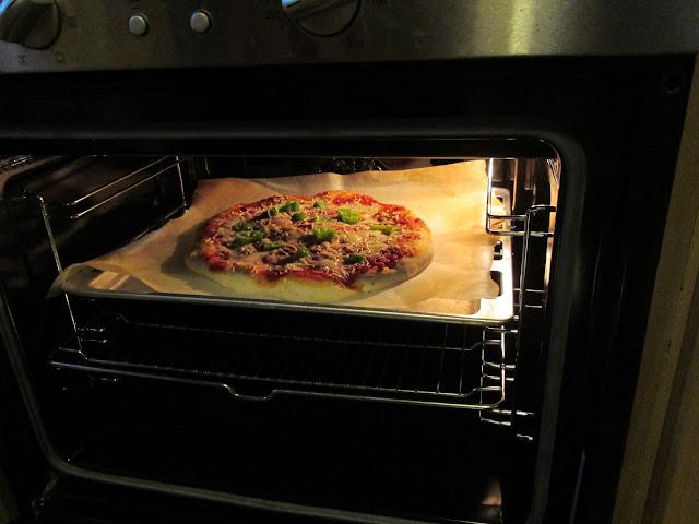 pizza au four à 250 °C  pate epaisse