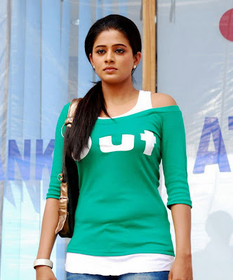 Telugu film actress Priyamani,Priyamani Biography,priyamani profile,latest telugu,Online Telugu Movies5