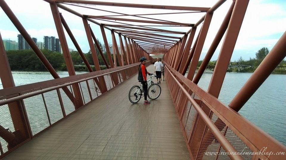 Pasir Ris Bridge Connector